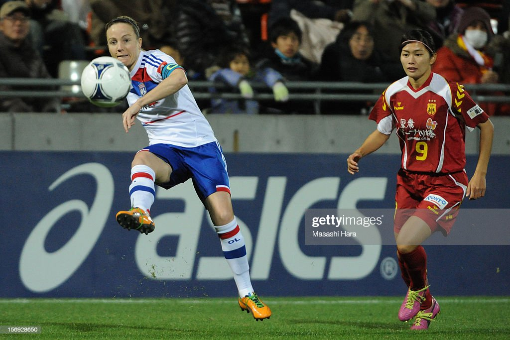 <a gi-track='captionPersonalityLinkClicked' href=/galleries/search?phrase=Sonia+Bompastor&family=editorial&specificpeople=808446 ng-click='$event.stopPropagation()'>Sonia Bompastor</a> #18 of Olympique Lyonnais in action during the International Women's Club Championship Final Match between INAC Kobe Leonessa and Olympique Lyonnais at Nack5 Stadium Omiya on November 25, 2012 in Saitama, Japan.