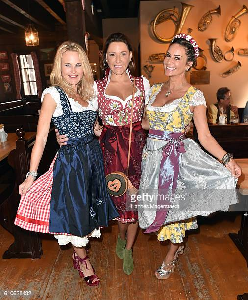 Sonja Kiefer Simone Ballack and Gitta Saxx attend the Charity Lunch at 'Zur Bratwurst' during the Oktoberfest 2016 on September 27 2016 in Munich...