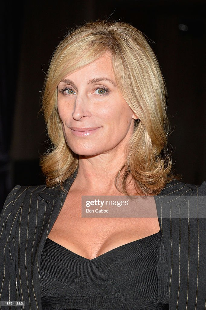 <a gi-track='captionPersonalityLinkClicked' href=/galleries/search?phrase=Sonja+Morgan&family=editorial&specificpeople=6346743 ng-click='$event.stopPropagation()'>Sonja Morgan</a> attends DuJour Magazine's Jason Binn along with Lisa And James Cohen celebration of Arianna Huffington's #1 bestseller 'Thrive' at TAO Lounge Downtown on April 30, 2014 in New York City.