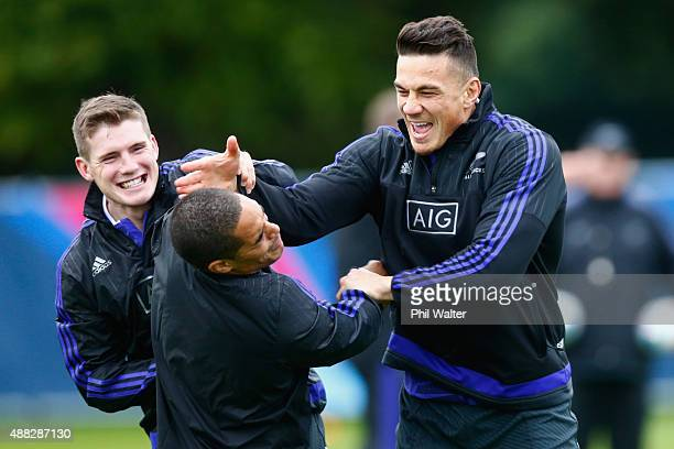 Sonny Bill Williams and Aaron Smith of the All Blacks warm up during a New Zealand All Blacks training session on September 15 2015 in London United...
