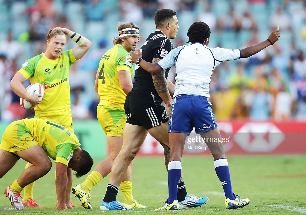 <a gi-track='captionPersonalityLinkClicked' href=/galleries/search?phrase=Sonny+Bill+Williams&family=editorial&specificpeople=204424 ng-click='$event.stopPropagation()'>Sonny Bill Williams</a> of New Zealand is given a yellow card during the 2016 Sydney Sevens Cup Final match between Australia and New Zealand at Allianz Stadium on February 7, 2016 in Sydney, Australia.