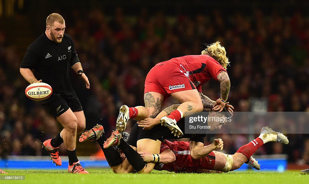 Sonny Bill Williams of New Zealand is sandwiched by Dan Lydiate and Richard Hibbard during the International match between Wales and New Zealand All...