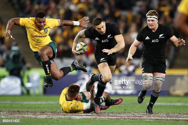 Sonny Bill Williams of the All Blacks makes a break during The Rugby Championship Bledisloe Cup match between the Australian Wallabies and the New...