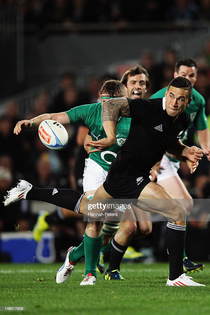<a gi-track='captionPersonalityLinkClicked' href=/galleries/search?phrase=Sonny+Bill+Williams&family=editorial&specificpeople=204424 ng-click='$event.stopPropagation()'>Sonny Bill Williams</a> of the All Blacks offloads during the International Test Match between the New Zealand All Blacks and Ireland at Eden Park on June 9, 2012 in Auckland, New Zealand.