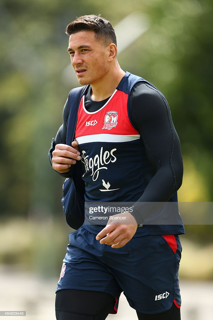 <a gi-track='captionPersonalityLinkClicked' href=/galleries/search?phrase=Sonny+Bill+Williams&family=editorial&specificpeople=204424 ng-click='$event.stopPropagation()'>Sonny Bill Williams</a> of the Roosters arrives at a Sydney Roosters NRL training session at Kippax Lake on September 3, 2014 in Sydney, Australia.