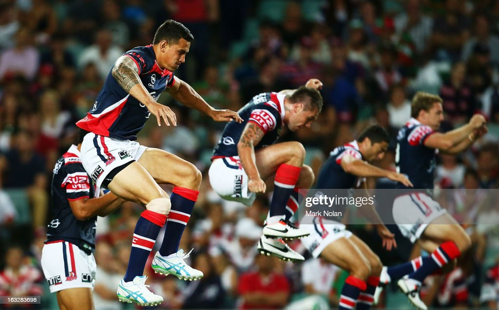 <a gi-track='captionPersonalityLinkClicked' href=/galleries/search?phrase=Sonny+Bill+Williams&family=editorial&specificpeople=204424 ng-click='$event.stopPropagation()'>Sonny Bill Williams</a> of the Roosters warms up before the round one NRL match between the Sydney Roosters and the South Sydney Rabbitohs at Allianz Stadium on March 7, 2013 in Sydney, Australia.