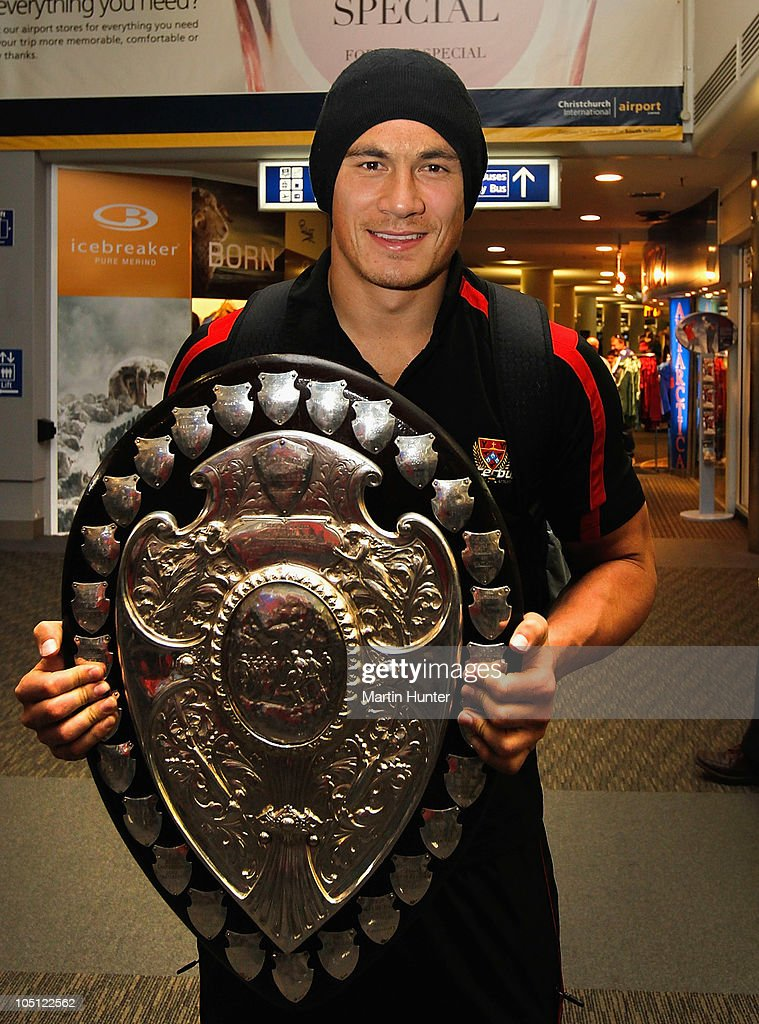 Sonny Bill Williams poses with the Ranfurly Shield as the Canterbury team arrive back home following their Ranfurly Shield victory on October 10 2010...