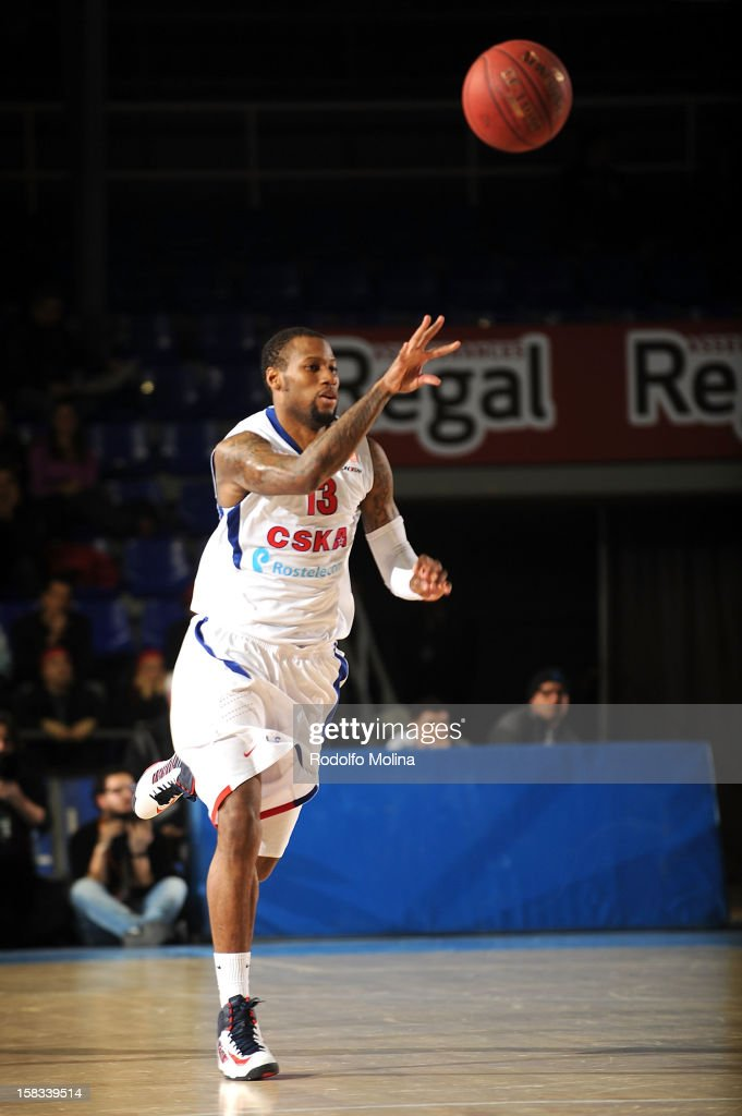 Sonny Weems, #13 of CSKA Moscow in action during the 2012-2013 Turkish Airlines Euroleague Regular Season Game Day 10 between FC Barcelona Regal v CSKA Moscow at Palau Blaugrana on December 13, 2012 in Barcelona, Spain.