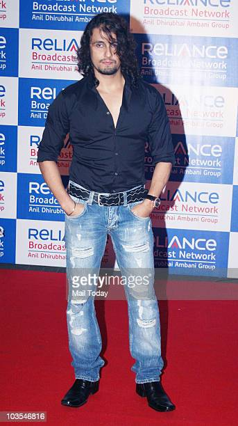 Sonu Nigam at the launch party of Reliance Broadcast Network Limited in Mumbai on August 20 2010