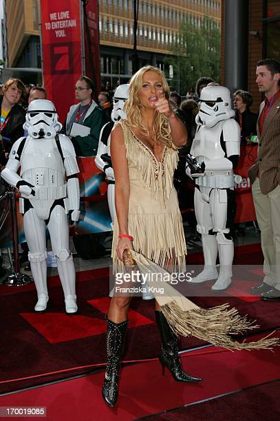 Sonya Kraus In Germany at Premiere Of 'Star Wars Episode Iii Revenge of the Sith' the theater at Potsdamer Platz Berlin