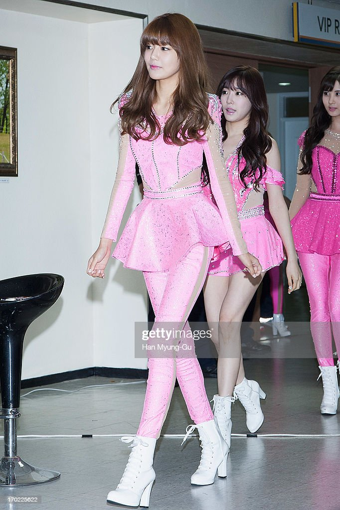 Sooyoung of South Korean girl group Girls' Generation attends during the Girls' Generation World Tour 'Girls & Peace' press conference at Olympic Gymnasium on June 9, 2013 in Seoul, South Korea.