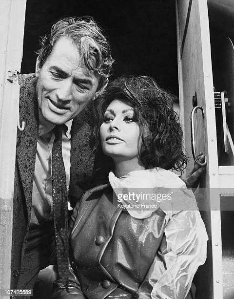 Sophia Loren Et Gregory Peck In A Scene From The Movie Arabesque On 1965
