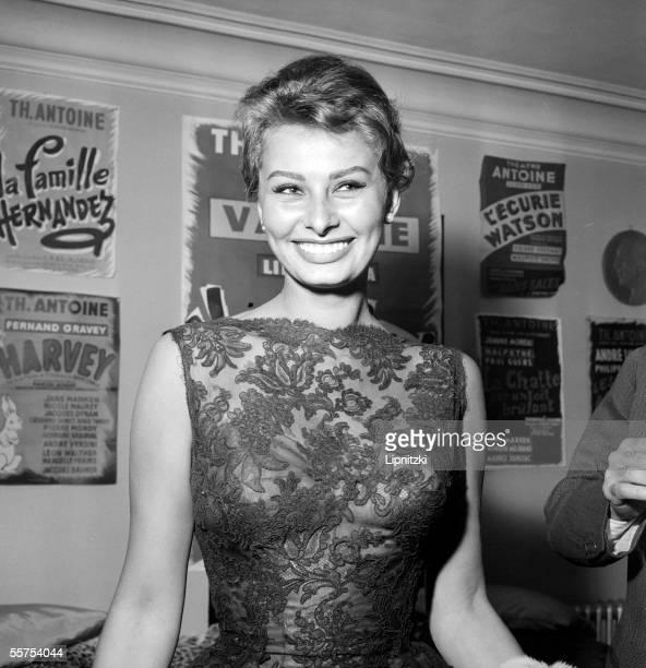 Sophia Loren Italian actress Paris theater Antoine May 1958 LIP9288BIS014
