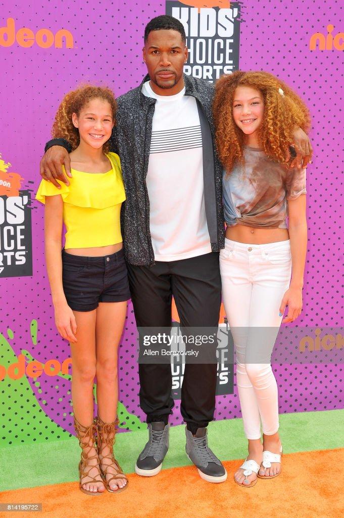 Sophia Strahan, Michael Strahan and Isabella Strahan attend Nickelodeon Kids' Choice Sports Awards 2017 at Pauley Pavilion on July 13, 2017 in Los Angeles, California.