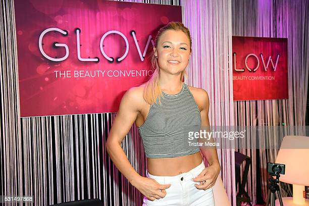 Sophia Thiel attends the 'GLOW The Beauty Convention' on May 14 2016 in Stuttgart Germany