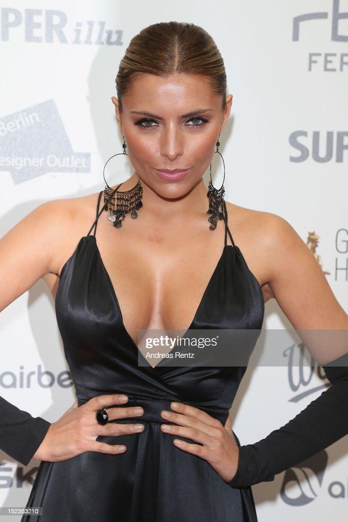 Sophia Thomalla attends for the 'Goldene Henne' 2012 award on September 19, 2012 in Berlin, Germany.