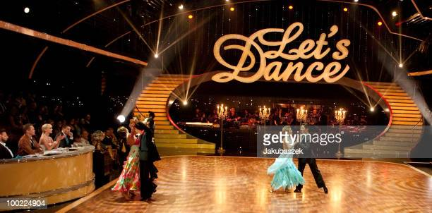 Sophia Thomalla Massimo Sinato Christian Polanc and Sylvie van der Vaart dance the Waltz during the semi final of the 'Let's Dance' TV show at...
