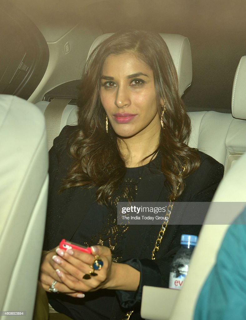 <a gi-track='captionPersonalityLinkClicked' href=/galleries/search?phrase=Sophie+Choudry&family=editorial&specificpeople=6598413 ng-click='$event.stopPropagation()'>Sophie Choudry</a> heading towards Salmans Khans birthday party in Mumbai.