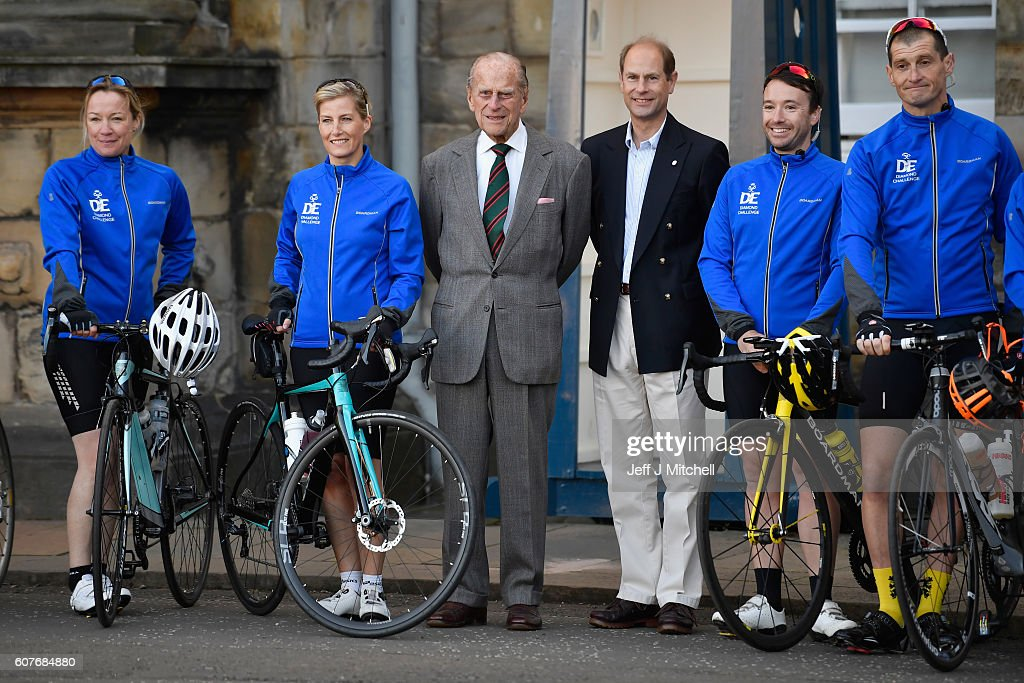 sophie-countess-of-wessex-and-a-team-are-waved-off-by-prince-philip-picture-id607684880
