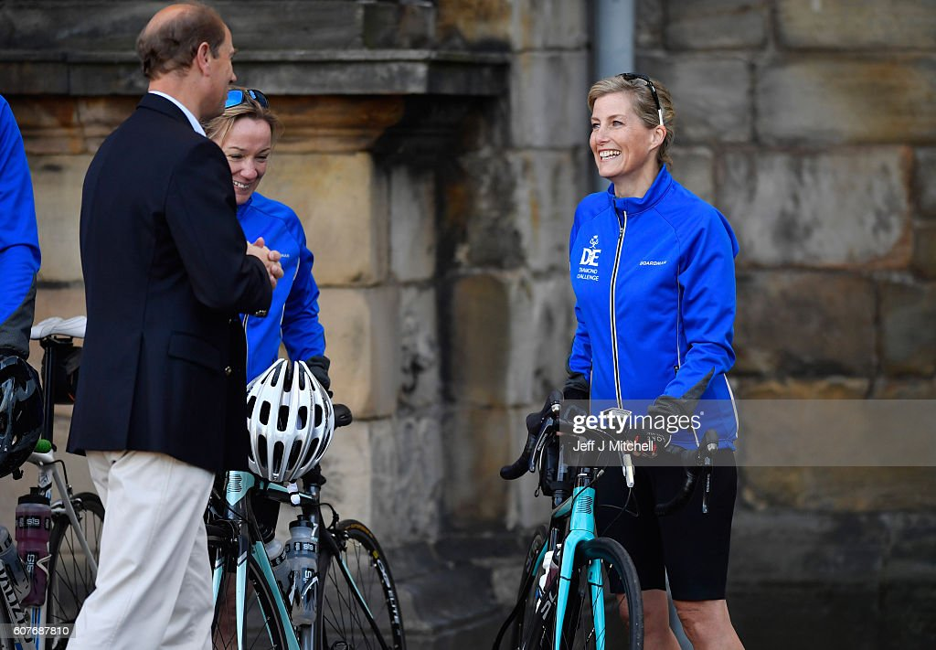 sophie-countess-of-wessex-and-a-team-of-riders-are-waved-off-by-of-picture-id607687810