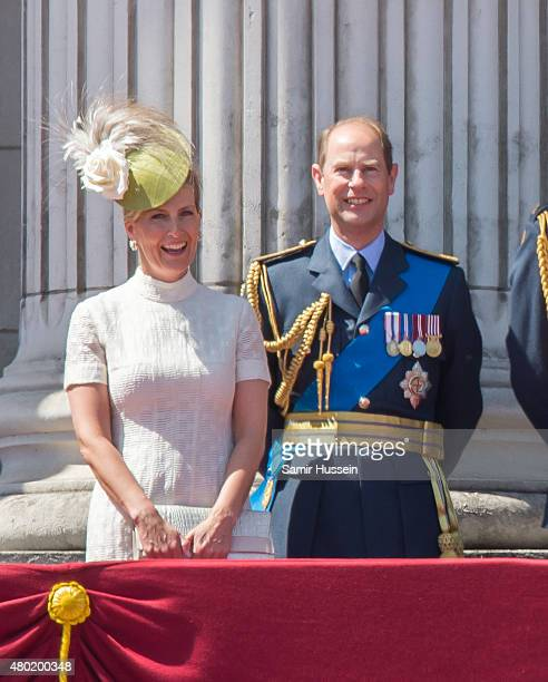 Sophie Countess of Wessex and Prince Edward Earl of Wessex watch the fly past from the balcony of Buckingham Palace to commemorate the 75th...