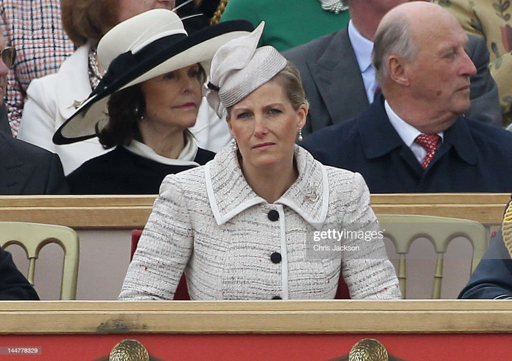 Sophie, Countess of Wessex (front), King <a gi-track='captionPersonalityLinkClicked' href=/galleries/search?phrase=Harald+V&family=editorial&specificpeople=159451 ng-click='$event.stopPropagation()'>Harald V</a> and <a gi-track='captionPersonalityLinkClicked' href=/galleries/search?phrase=Queen+Sonja+of+Norway&family=editorial&specificpeople=160334 ng-click='$event.stopPropagation()'>Queen Sonja of Norway</a> attend the Armed Forces Parade and Muster on May 19, 2012 in Windsor, England. Over 2500 troops took part in the Diamond Jubilee Muster in Home Park.