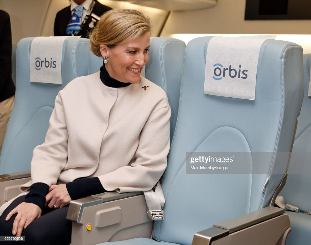 sophie-countess-of-wessex-tours-the-orbis-flying-eye-hospital-at-on-picture-id655769526