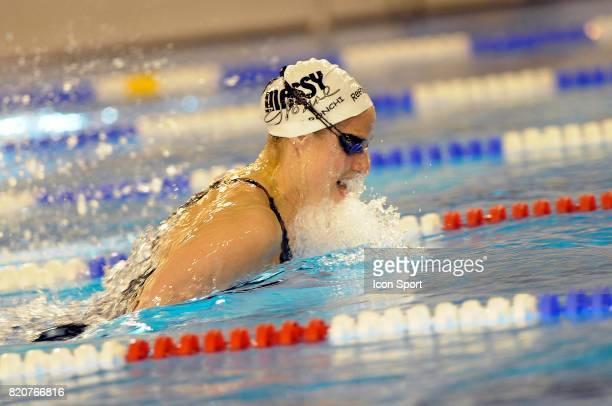 Sophie DE RONCHI 100m brasse Championnats de France de Natation en Petit Bassin 2010 Chartres