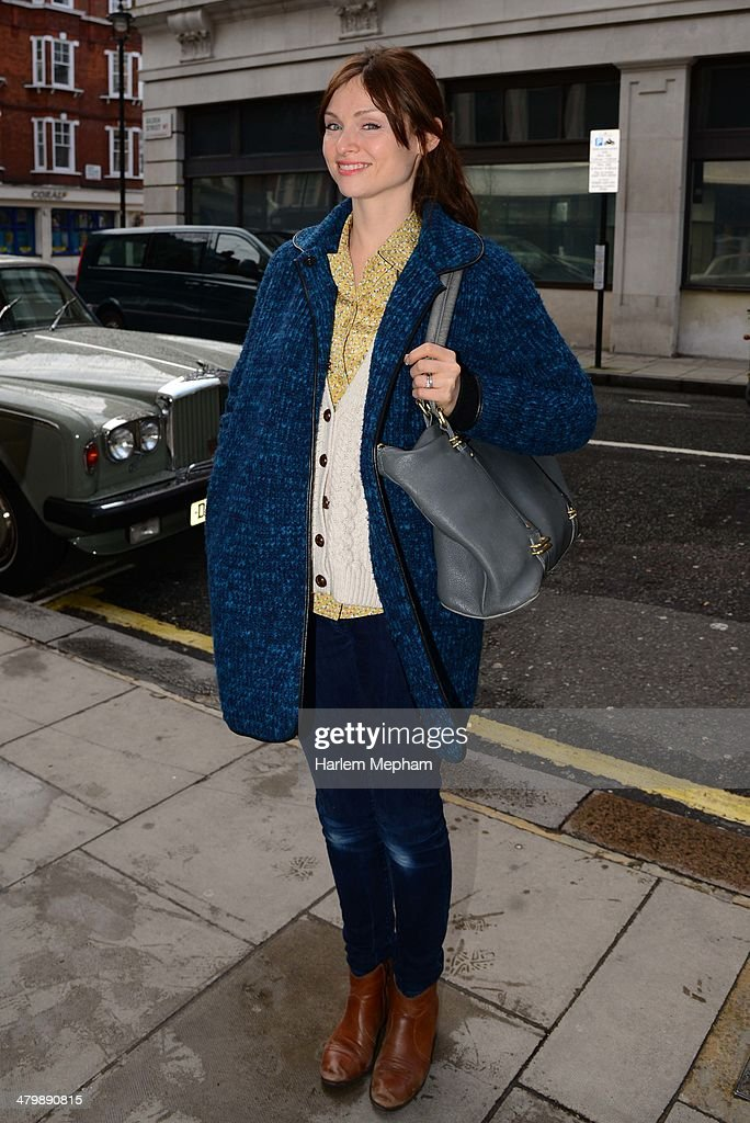 <a gi-track='captionPersonalityLinkClicked' href=/galleries/search?phrase=Sophie+Ellis-Bextor&family=editorial&specificpeople=213313 ng-click='$event.stopPropagation()'>Sophie Ellis-Bextor</a> sighted arriving at BBC Radio Two on March 21, 2014 in London, England.