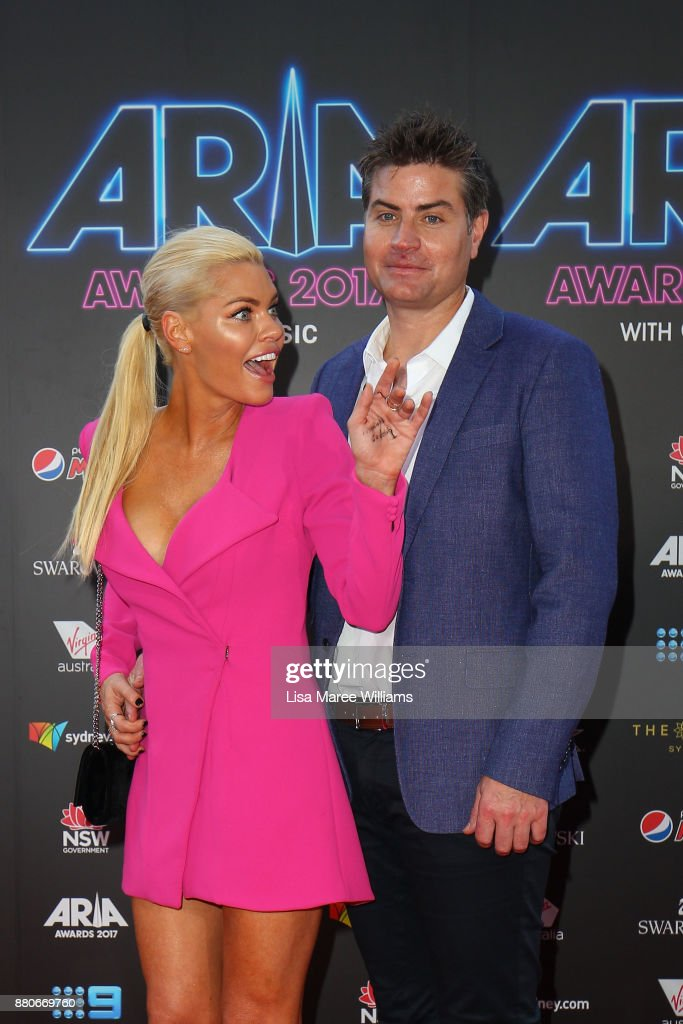 Sophie Monk and Stu Laundy arrive for the 31st Annual ARIA Awards 2017 at The Star on November 28, 2017 in Sydney, Australia.