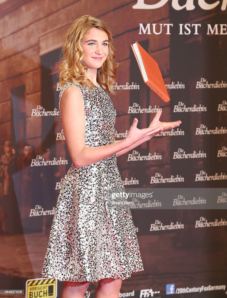 Sophie Nelisse arrives for the German premiere of the film 'The Book Thief' (Die Buecherdiebin) at Zoo Palast on January 23, 2014 in Berlin, Germany.