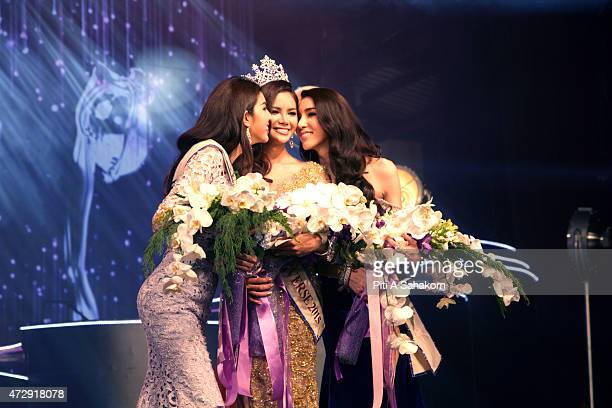 Sopida Siriwattananookool winner of Miss Tiffany's Universe poses with the runner's up after she was crowned Miss Tiffany Universe 2015 in Pattaya...