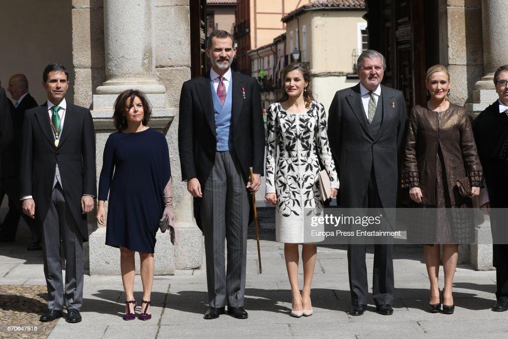 Soraya Saenz de Santamaria, King Felipe of Spain, Queen Letizia of Spain, Inigo Mendez de Vigo and Cristina Cifuentes attend Cervantes Award Ceremony to the Spanish writer Eduardo Mendoza at Alcala de Henares University on April 20, 2017 in Alcala de Henares, Spain.