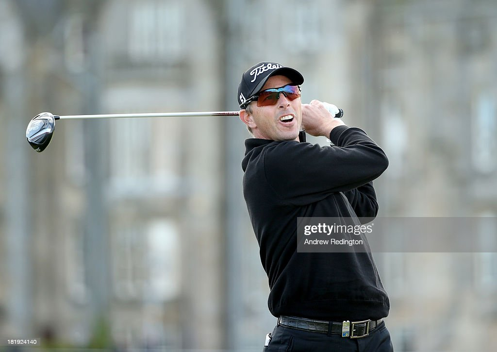 <a gi-track='captionPersonalityLinkClicked' href=/galleries/search?phrase=Soren+Hansen+-+Golfer&family=editorial&specificpeople=15283013 ng-click='$event.stopPropagation()'>Soren Hansen</a> of Denmark plays off the second tee during the first round of the Alfred Dunhill Links Championship on The Old Course, at St Andrews on September 26, 2013 in St Andrews, Scotland.