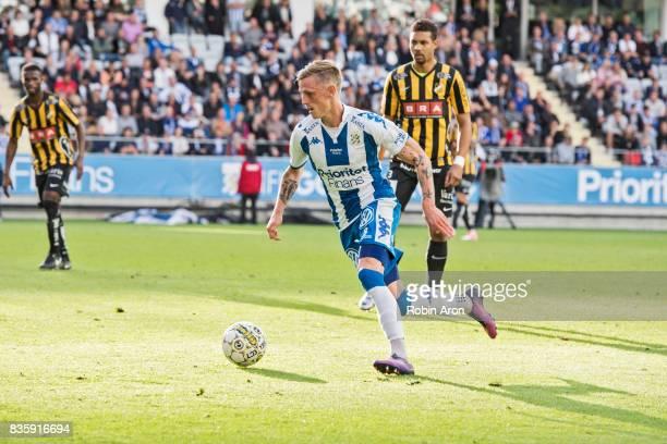 Soren Rieks of IFK Goteborg controls the ball during the Allsvenskan match between IFK Goteborg and BK Hacken at Gamla Ullevi on August 20 2017 in...