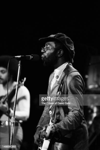 Soul musician Curtis Mayfield performs on November 6 1972 at Hofstra University on Long Island New York