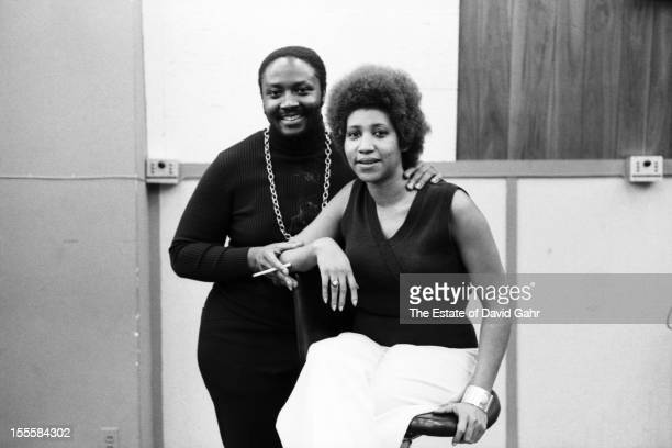 Soul singers Donny Hathaway and Aretha Franklin pose for a portrait at a recording session for Ms Franklin on April 24 1973 at the Atlantic Records...