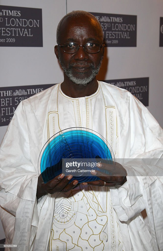 <a gi-track='captionPersonalityLinkClicked' href=/galleries/search?phrase=Souleymane+Cisse&family=editorial&specificpeople=606860 ng-click='$event.stopPropagation()'>Souleymane Cisse</a> poses with his BFI Fellowship during the Times BFI 53rd London Film Festival Awards Ceremony at Inner Temple on October 28, 2009 in London, England.