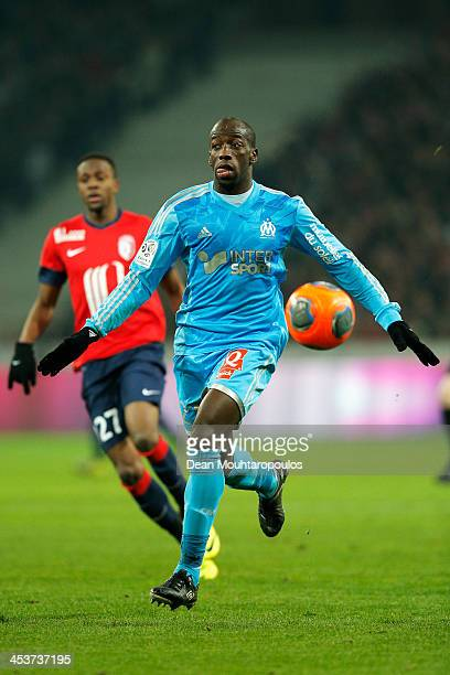 Souleymane Diawara of Marseille in action during the Ligue 1 match between LOSC Lille and Olympique de Marseille held at Stade PierreMauroy on...