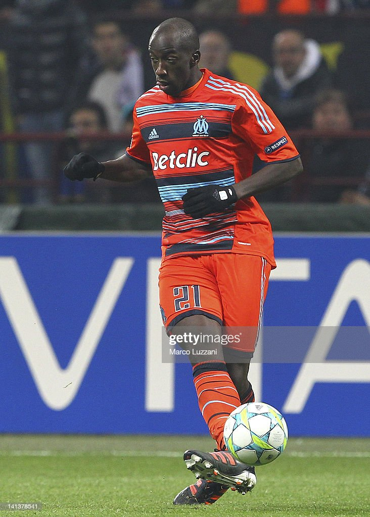 <a gi-track='captionPersonalityLinkClicked' href=/galleries/search?phrase=Souleymane+Diawara&family=editorial&specificpeople=695613 ng-click='$event.stopPropagation()'>Souleymane Diawara</a> of Olympique de Marseille in action during the UEFA Champions League Round of 16 second leg match between FC Internazionale Milano and Olympique de Marseille at Stadio Giuseppe Meazza on March 13, 2012 in Milan, Italy.