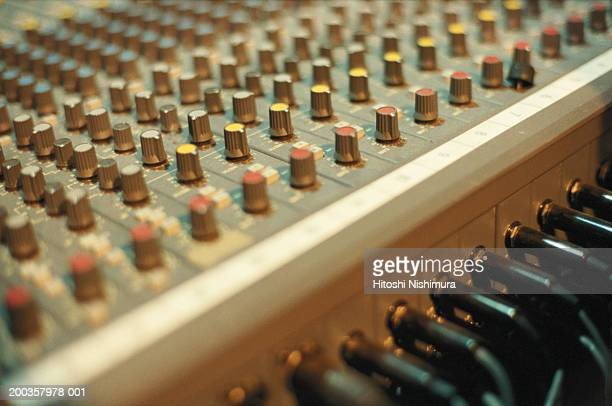 Sound Mixer, close-up