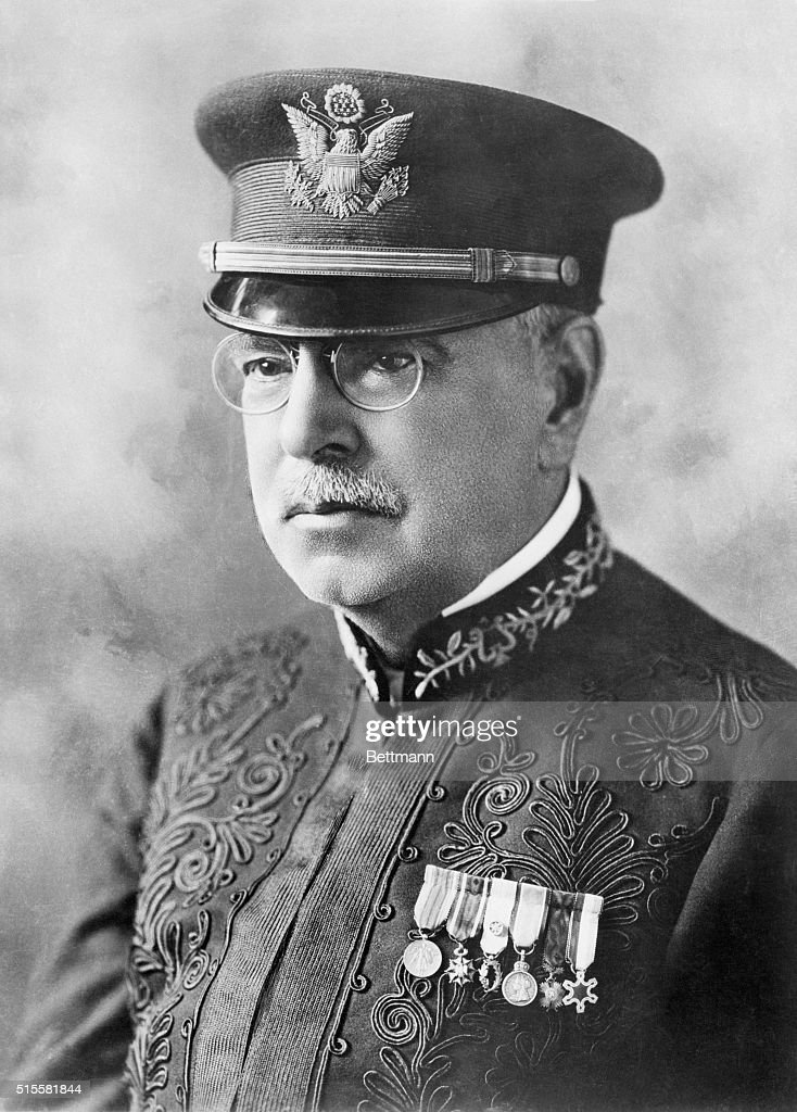 john philip sousa John philip sousa, the march king, marched into history as composer and conductor of the president's own.