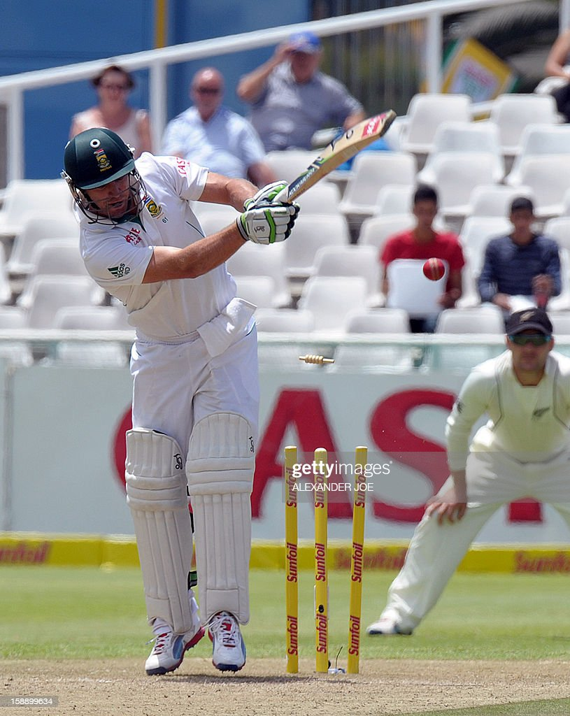 South Africa batsman AB de Villiers is clean bowled by unseen New Zealand, Chris Martin, on day two of the first Test match between South Africa and New Zealand, in Cape Town at Newlands on January 3, 2013. AFP PHOTO / ALEXANDER JOE