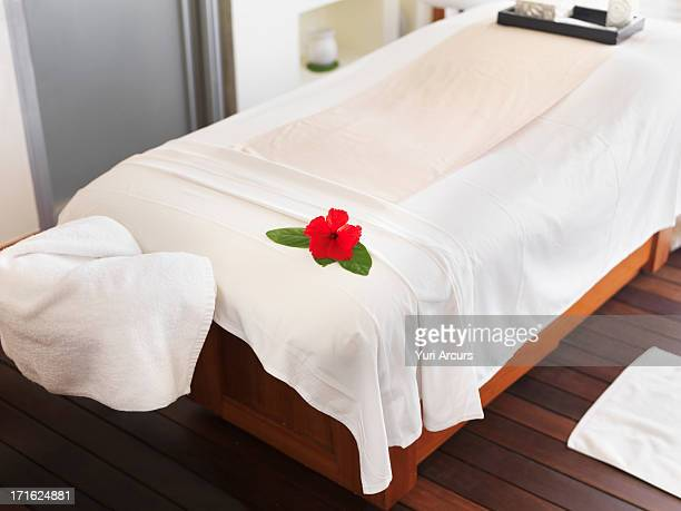 South Africa, Cape Town, Bad in spa treatment room