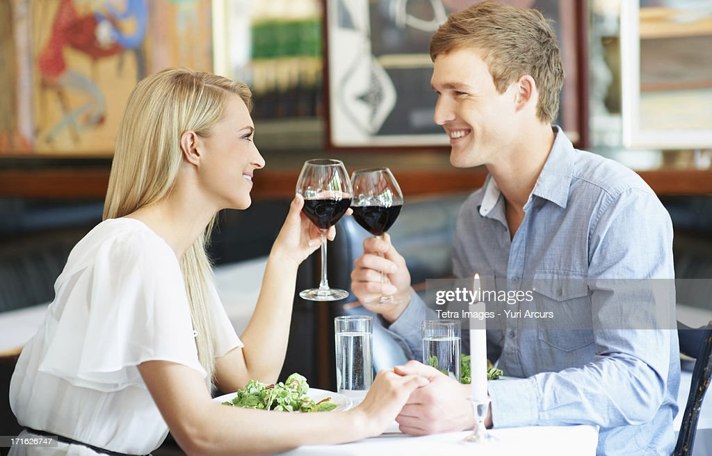 South Africa, Cape Town, Couple drinking wine in restaurant : Stock Photo