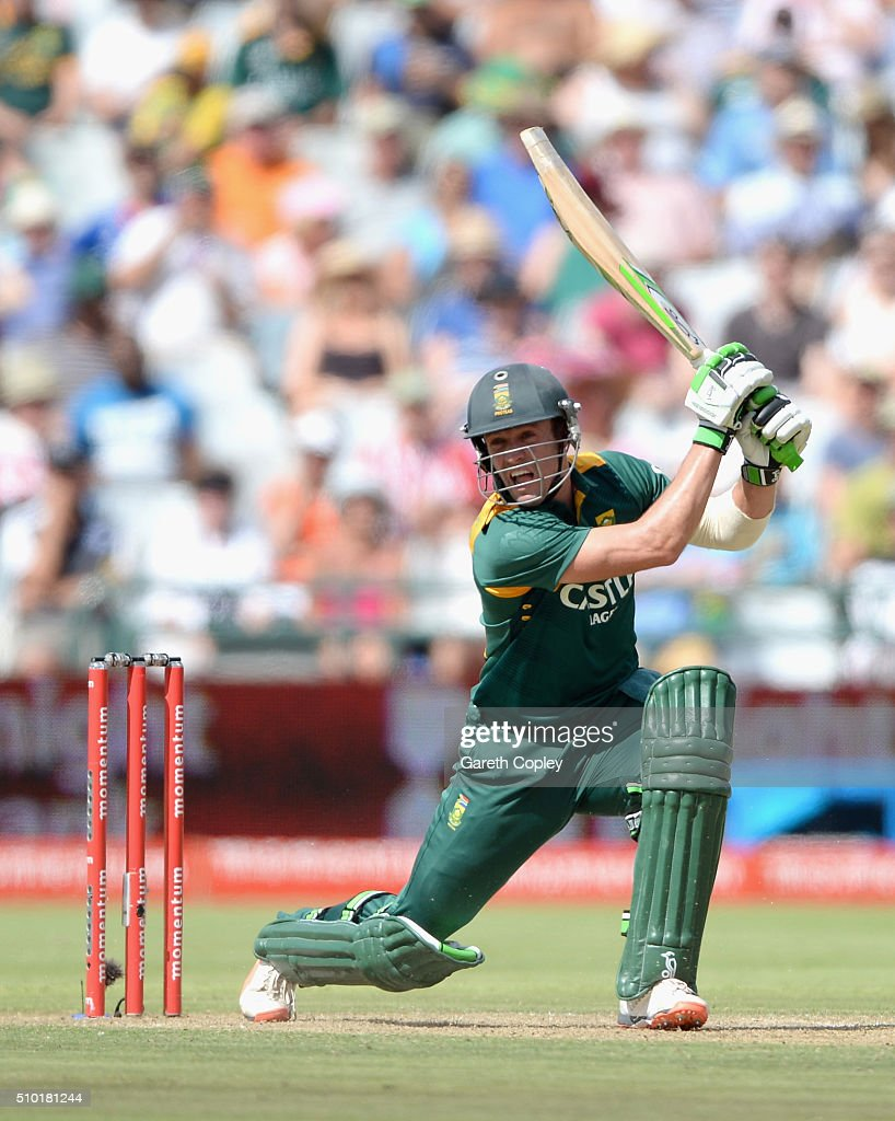 South Africa captain AB de Villiers bats during the 5th Momentum ODI match between South Africa and England at Newlands Stadium on February 14, 2016 in Cape Town, South Africa.