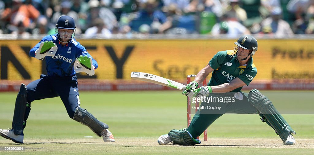 South Africa captain AB de Villiers bats watched by Jos Buttler of England during the 2nd Momentum ODI between South Africa and England at St George's Park on February 6, 2016 in Port Elizabeth, South Africa.