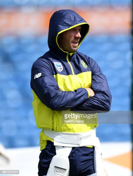 South Africa captain AB de Villiers waits to bat during a nets session at Headingley on May 23 2017 in Leeds England