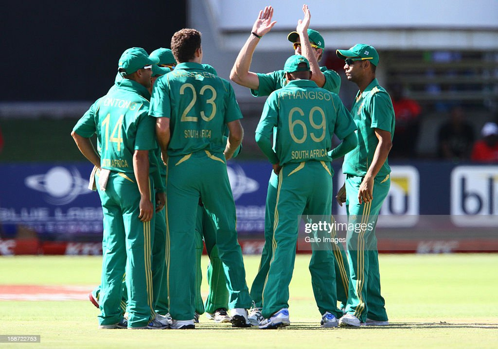 South Africa celebrate the wicket of Rob Nicol of New Zealand LBW during the 3rd T20 International match between South Africa and New Zealand at AXXESS St Georges on December 26, 2012 in Port Elizabeth, South Africa.