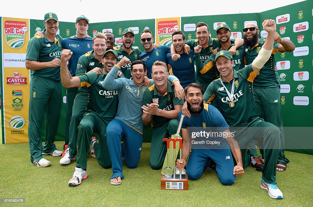South Africa celebrate winning the Momentum ODI match series between South Africa and England at Newlands Stadium on February 14, 2016 in Cape Town, South Africa.